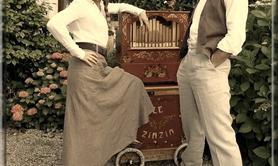 le Zinzin - Duo de chansons théâtrales et mouvementées à l'orgue de Barbarie