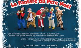 La Fanfare du Père Noël - Une fanfare déambulatoire qui accompagne joyeusement le Père Noël