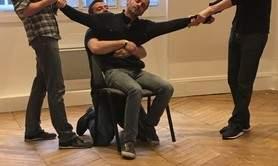 SPIN COMPAGNIE - Cours de théâtre et Impros - ADULTES