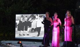 Webelep Sisters Show - Salons vintage, Fêtes de la libération, Fêtes Américaines