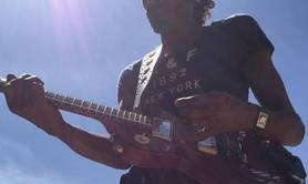 guitariste bassiste arrangeur programmateur compositeur