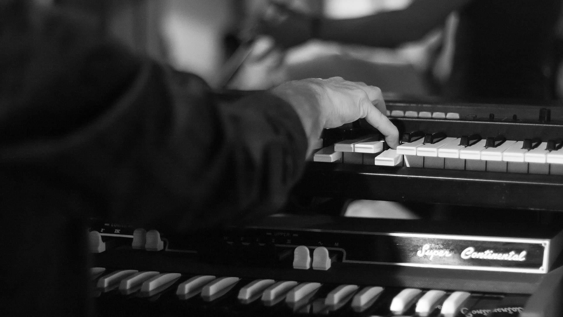Gilles ERHART  - Cours de piano / Ateliers de groupe déjà formé ou non