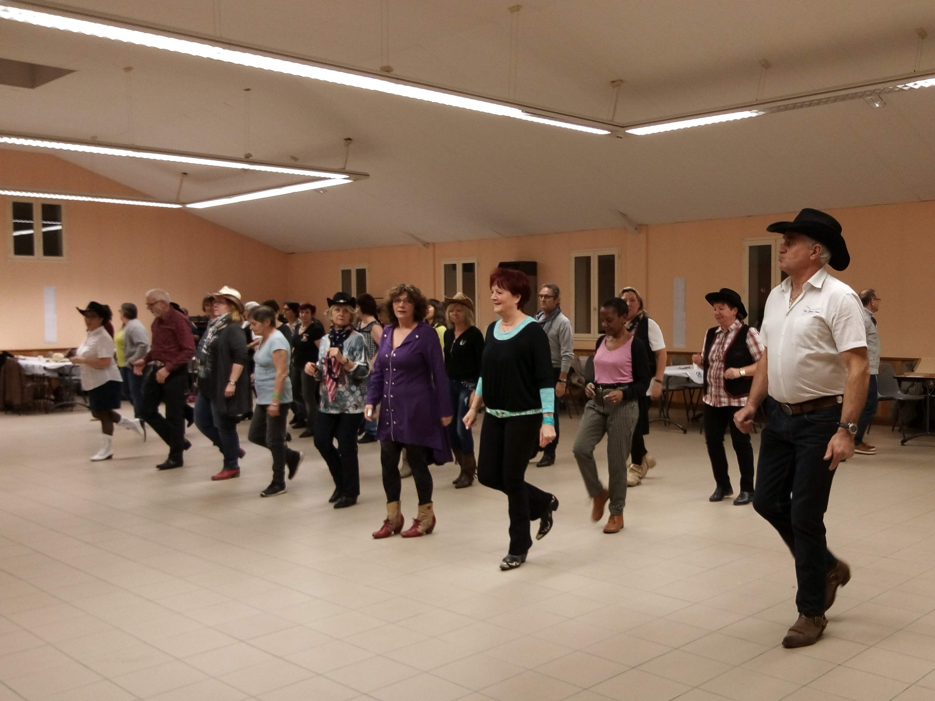 Bal CD country Two Rivers Dance