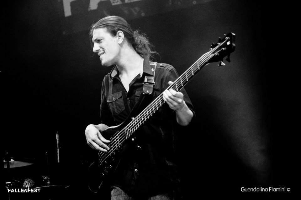 Bassiste pro recherche groupe pour intermittence