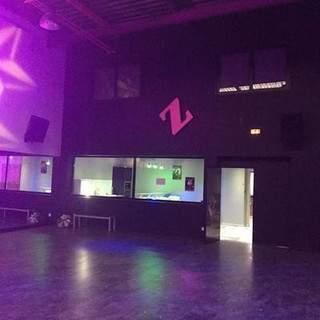 Location salle ,danse,fitness et pole dance