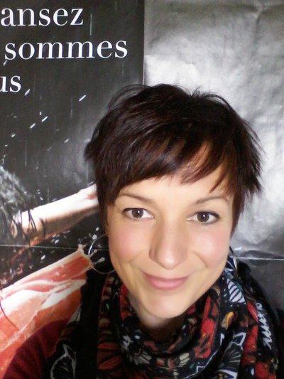 Comédienne, chanteuse et metteur en scène: Karine Hardy