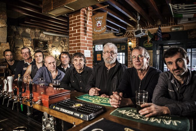 Inishowen (Musique irlandaise - Folk rock festif)