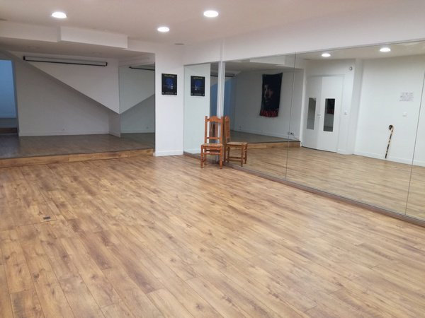 Salle de danse La Academia