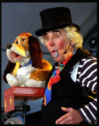 Francis Bigoudi - ventriloque marionnettiste clown