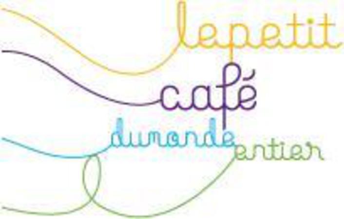 Le Petit Café du Monde Entier