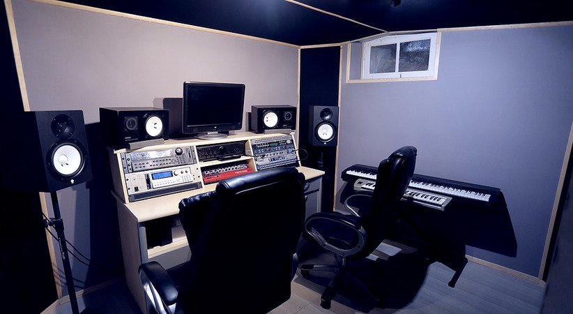 Local studio d 39 enregistrement paris ivry sur seine ivry sur seine 94200 spectable - Meuble studio d enregistrement ...