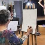 Cours de dessin de nu avec modèle vivant