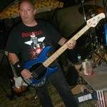 je suis bassiste