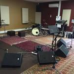 Salle de répétition et studio d'enregistrement.